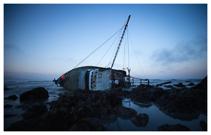 a picture of the shipwreck of the fishing boat, the Jamie K, off of the Cape Blanco Oregon Coast.