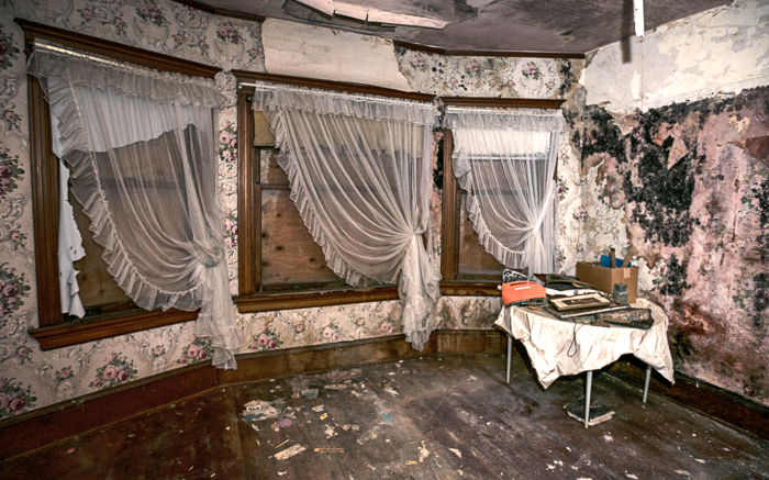 The historical George Conrad Flavel House in Astoria, Oregon, abandoned following the departure of Harry and Mary Louise Flavel.